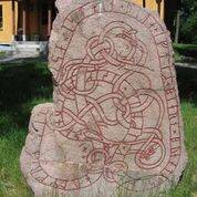 Right: Runestone U152, Hagby. Photo by Berig, C C BY­SA 3.0