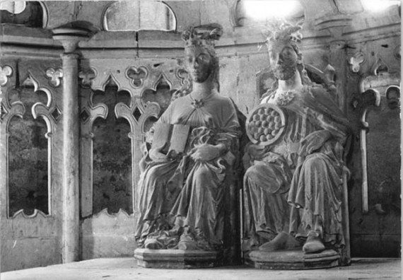A statue in the Cathedral of Magdeburg that is often assumed to represent Otto and Eadgyth - photo: Bundesarchiv, Bild 183-26654-0005 / Biscan / CC-BY-SA 3.0