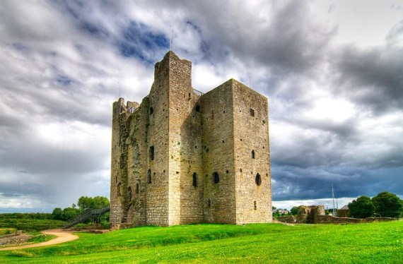 Trim Castle - photo by Anna & Michal / Flickr