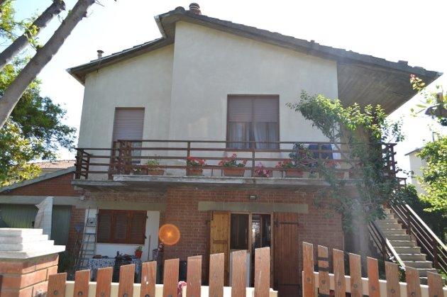AFFARE Popolunia Stazione Casa Singola 2 appartamenti giardino  Mediterranea Immobiliare