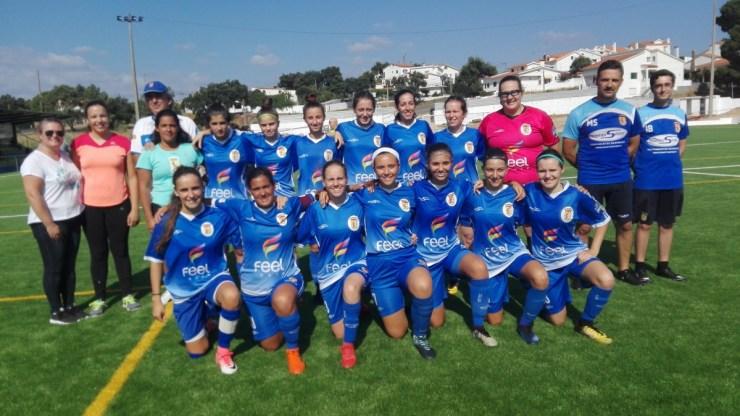 Futebol feminino   Plantel do Pego apresenta-se com 'ganas' para disputar a 2ª divisão nacional (C/FOTOS e VIDEO)
