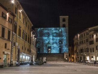 Il Volto sulla città, a Todi per 22 giorni una suggestione indimenticabile