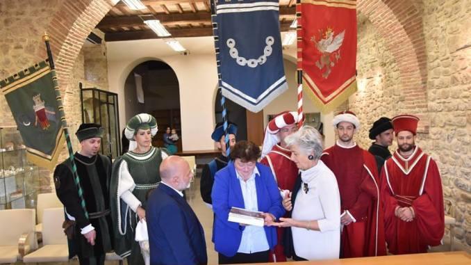 Perugia 1416 al Palio delle Torri di Fratta Todina con i figuranti