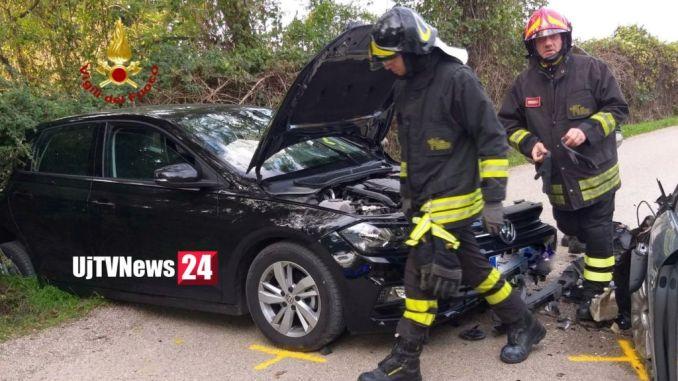 Tra Signoria e Colle di Bettona, incidente stradale, due auto, due feriti in ospedale