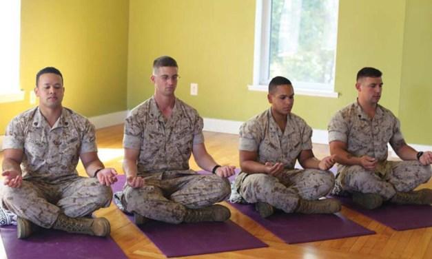 """La nuova """"arma"""" dell'esercito Usa: la meditazione"""