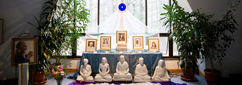 altar-statues