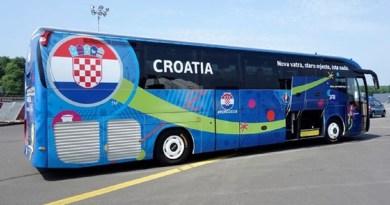 Bira se slogan koji će krasiti autobus hrvatske reprezentacije na Svjetskom prvenstvu u Rusiji