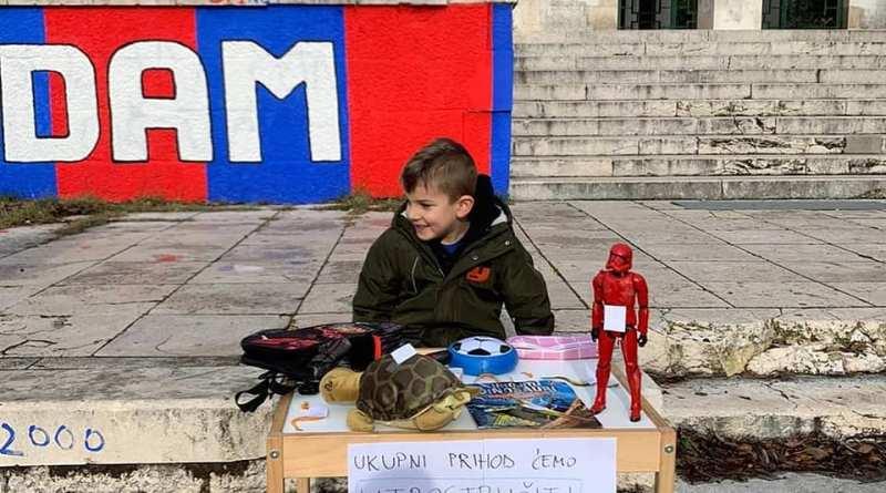 Dječak Leo prodao svoje igračke da pomogne Petrinji