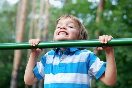 Швидке навчання підтягування на турніку дитини і дорослого з нуля