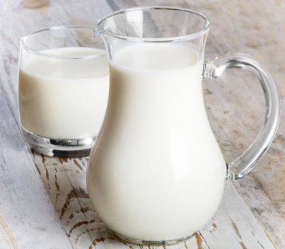 молока