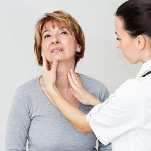 Узлы в щитовидке в