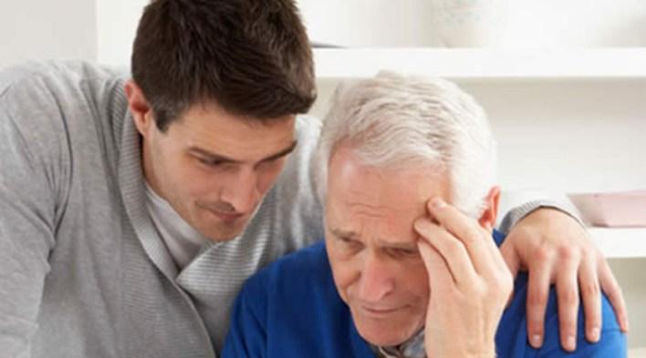 Болезнь Альцгеймера: причины, симптомы, лечение