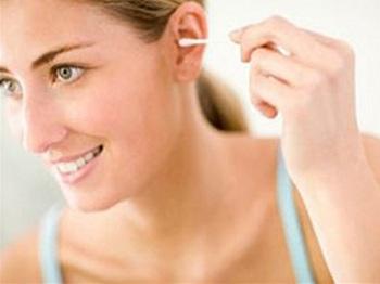 Процедура очистки ушей