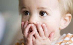 ребенок молчит