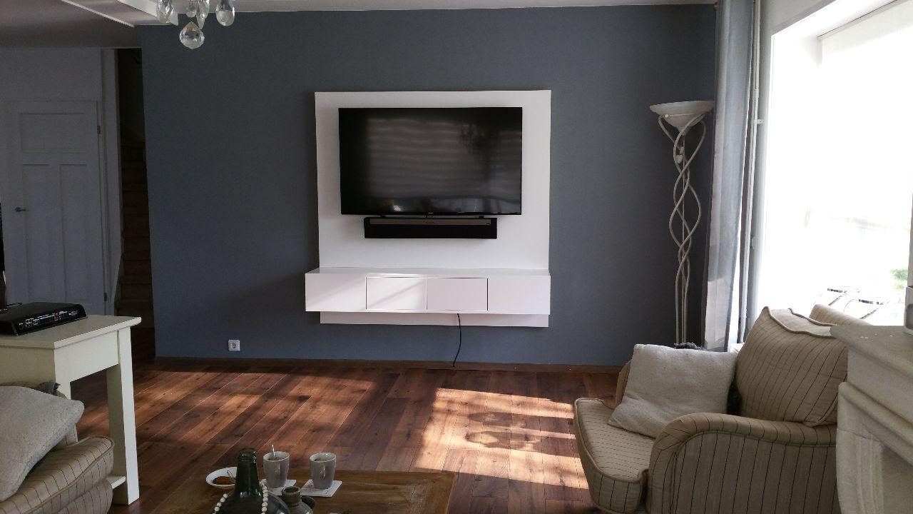 Zwevend tv meubel met LED licht  Meeldijk Meubelmakerij