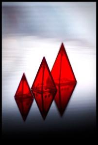 Juegos IceHouse o juegos con pirámides.