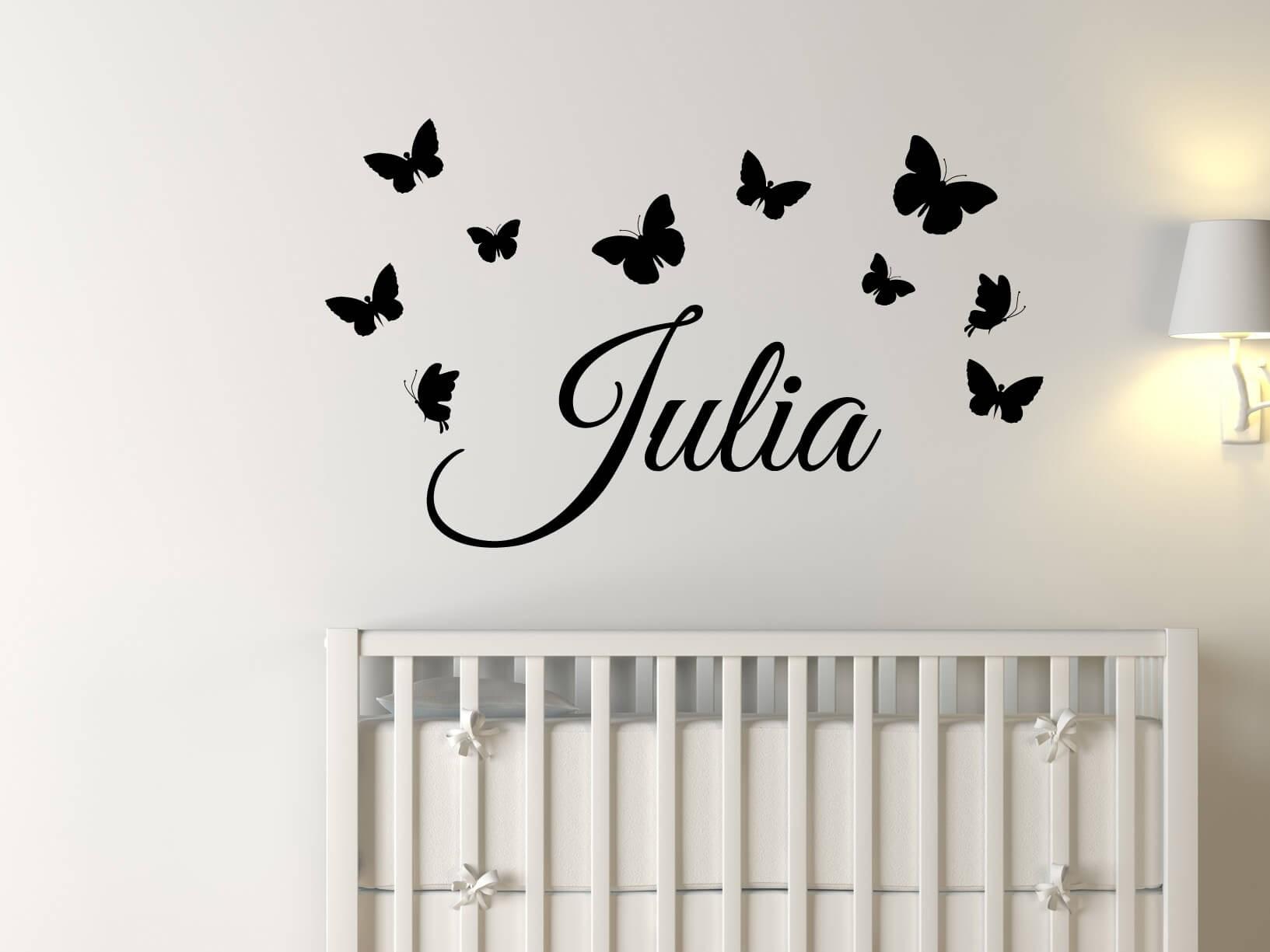 Muursticker eigen naam met vlinders  Kinderkamer muurstickers
