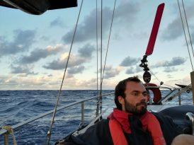 David mijmert, de eerste nacht op de oceaan valt