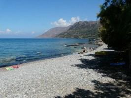 Ravdoucha beach - the large pebble beach in Ravdoucha Crete