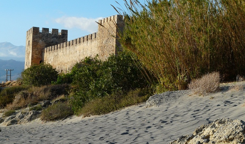 The fortification, attraction for many excursioners in Frangokastello Crete