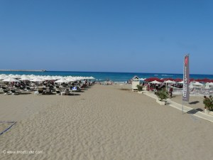 The sandy beach in Rethymnon