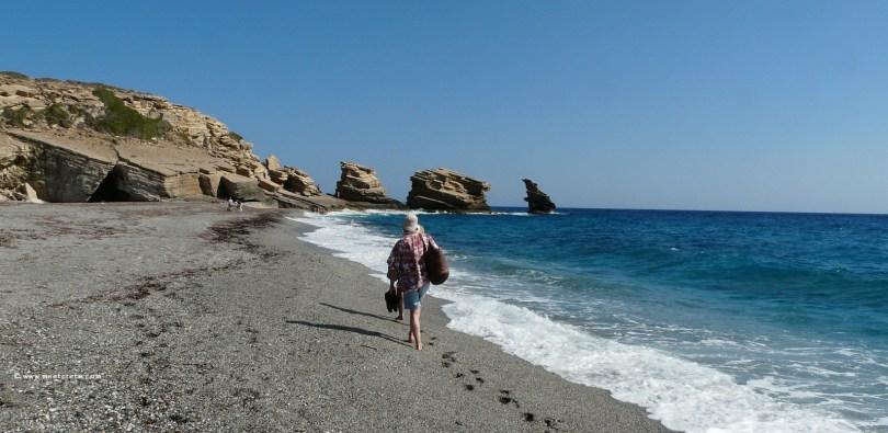 Triopetra beach – 3 large bizzare rocks protrude from the sea
