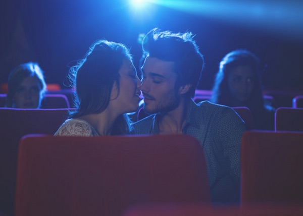 https://i0.wp.com/www.meetmindful.com/wp-content/uploads/2016/01/couple-kiss-intimacy-movies-movie-theater-date-first-kiss-passion-chemistry.jpg?w=708&ssl=1