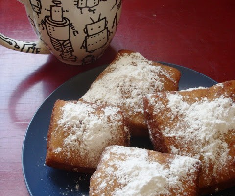 Special Edition : The New Orleans Stay-cation Part 1 : Vegan Beignets