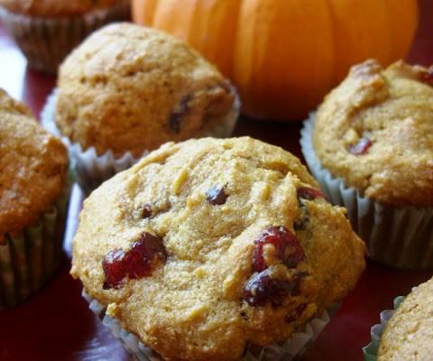 The Betty Crocker Project : Pumpkin Cranberry Muffins