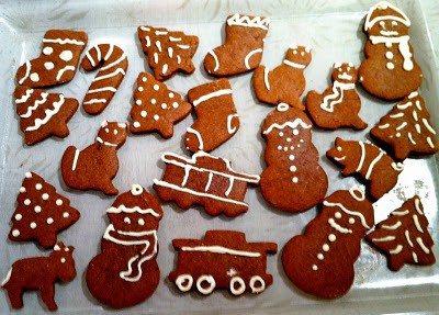 The Family Album : Betty's Gingerbread Cookies get Vegucated by Marisa Miller Wolfson from Kind Green Planet