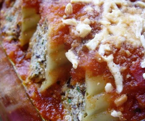 The Betty Crocker Project : Manicotti with a Kalamata Olive Pesto Tofu and Tofu Ricotta Filling