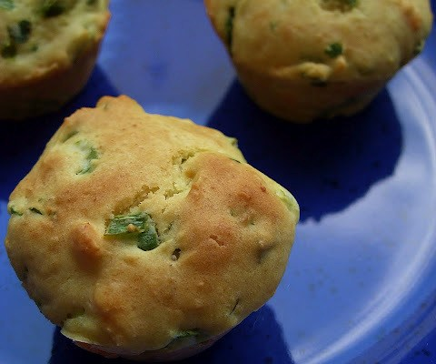 The Betty Crocker Project : Vegan Cheese & Spinach Biscuit Bites