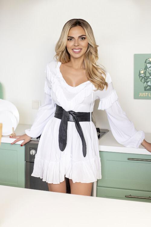 Karina ukrainian brides.com