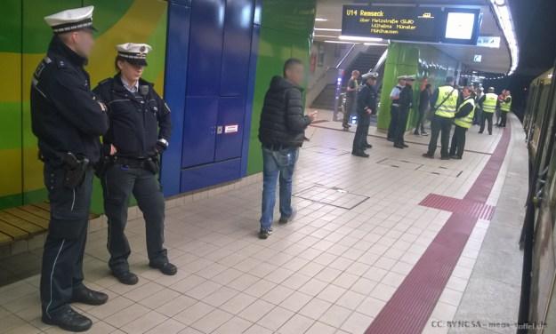 Kontrolle in der Stuttgarter U-Bahn