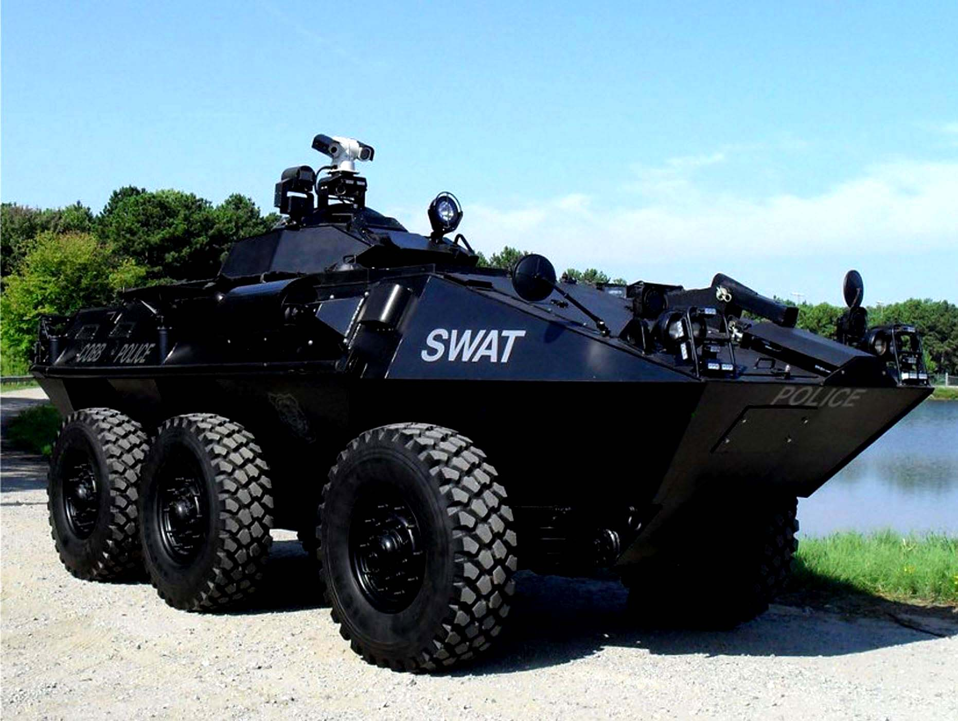 Armored Swat Vehicle 9 MEGA