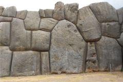 Sacsayhuaman_Mura_Megalitiche_Poligonali_Cusco_Peru