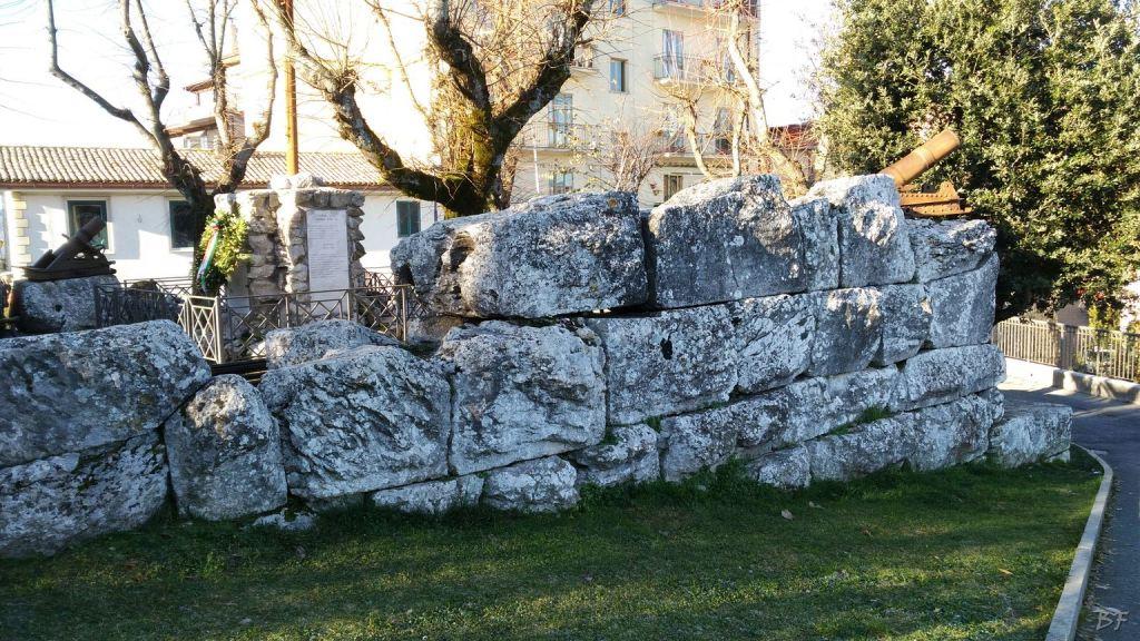 Bellegra Mura Megalitiche Roma Lazio Italia 2
