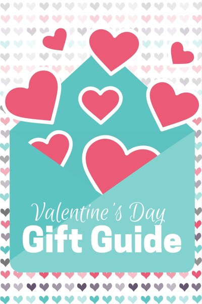 Stumped for a good Valentine's Gift idea? We've got a few! Our Valentine's Gift Guide includes gift ideas for women, men and tweens. | #ValentinesDay #GiftGuide