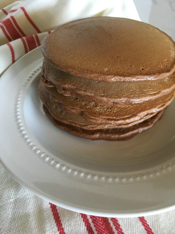 untopped-chocolate-pancakes