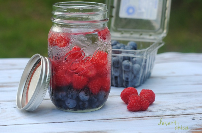 Blueberry Raspberry Infused Water from Desert Chica