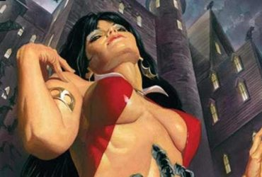 vampirella-1-variant-cover-di-alex-ross