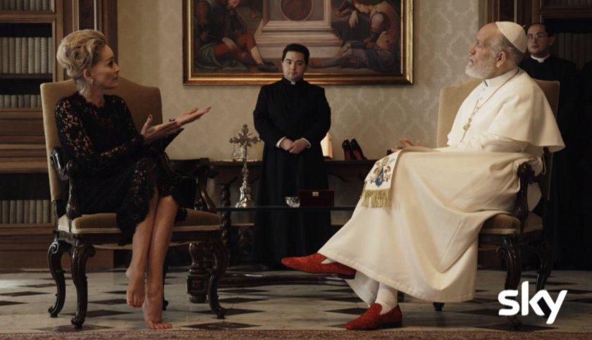 the-new-pope-sharon-stone-piedi-nudi-matrimoni-gay_jpg_1200x0_crop_q85
