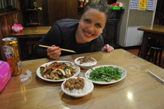 This was my Christmas Dinner back in 2014, which I shared with my friend Amy. We were somewhat 'in the mountains' near Taipei, so more exotic items like stirfried deer, and bright green Dragon's Whiskers, were up for grabs. Also pictured - a simple classic: White rice topped with minced pork marinated in soy sauce.