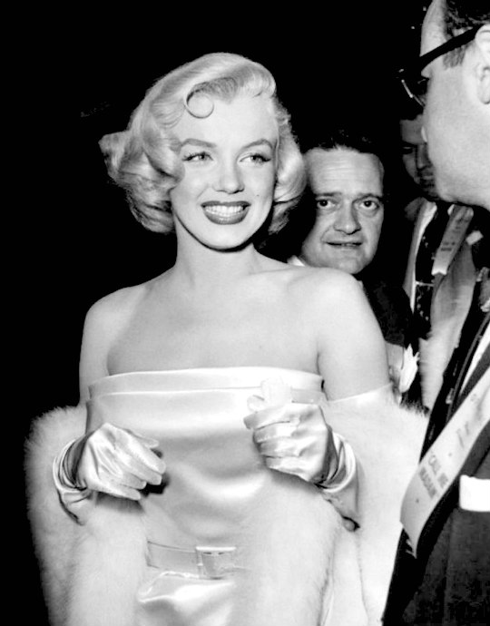 Marilyn attends the Premiere of Call Me Madam in March 1953.