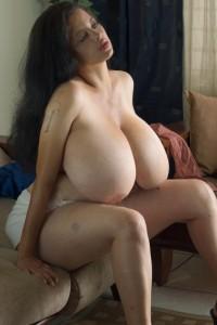 bulma huge boobs