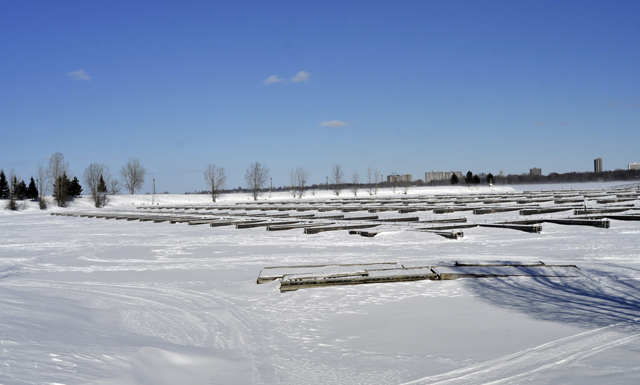 Snow on Ottawa RIver at Dick Bell Park