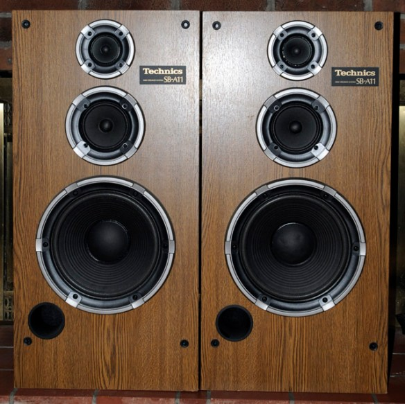 Technics SB-A11 – 3-way 200 watt tower speakers | MegaPixel Travel