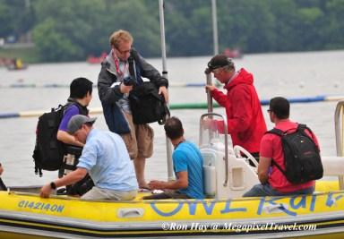 RON_3833-Media-and-VIP-boat
