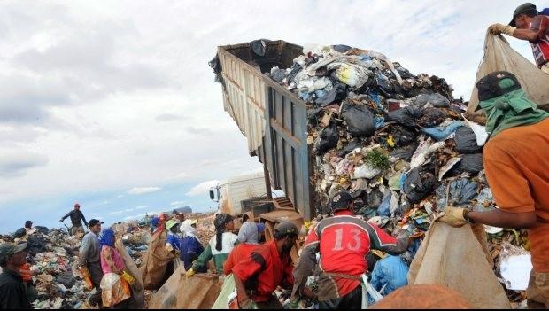 Resultado de imagem para Quase metade das cidades brasileiras não tem plano para resíduos sólidos, diz IBGE