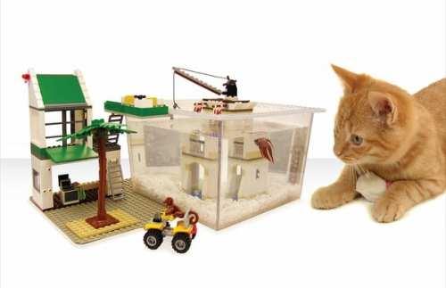 Fishspace-LEGO-FIsh-Tank